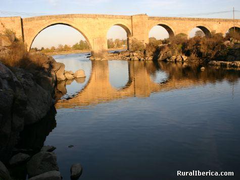 Puente El Duque. San Mart�n de la Vega del Alberche, �vila - San Mart�n de la Vega del Alberche, �vila, Castilla y Le�n