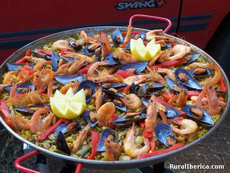 Paella Andaluza (con todos sus ingredientes). Dos Hermanas, Sevilla - Dos Hermanas, Sevilla, Andalucía