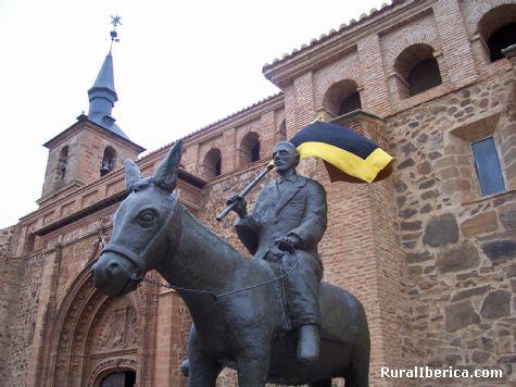 Monumento a la Borric�, Torrenueva, Ciudad Real - Torrenueva, Ciudad Real, Castilla la Mancha