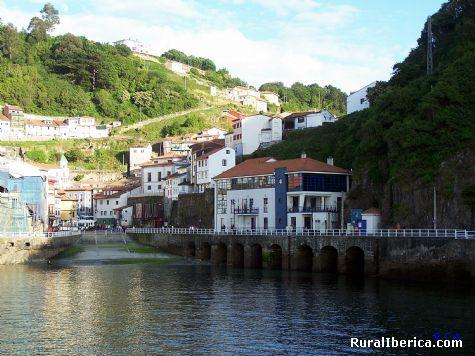 Puerto de Cudillero. Cudillero, Asturias - Cudillero, Asturias, Asturias