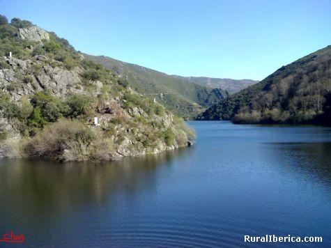 El rio Xares- San Fiz - A Veiga, Orense, Galicia