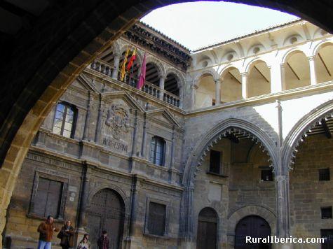 Plaza Espa�a de Alca�iz. Alca�iz, Teruel - Alca�iz, Teruel, Arag�n