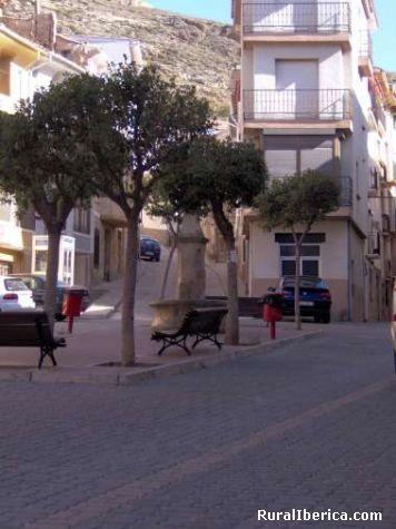Plaza del Rollo - Cervera del r�o Alhama, La Rioja, La Rioja