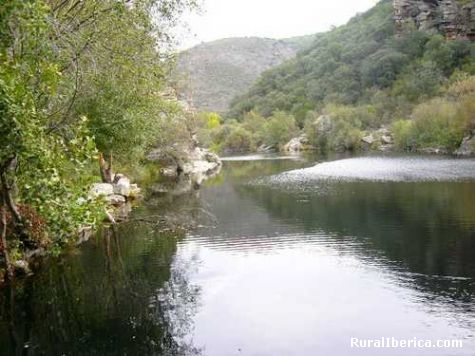 O rio en  Larouco - larouco, Orense, Galicia