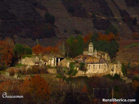Una joya en ruinas, Monasterio San Paio de Abeleda - Castro Caldelas, Orense, Galicia