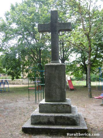Cruz de los Caidos. Arija, Burgos - Arija, Burgos, Castilla y León