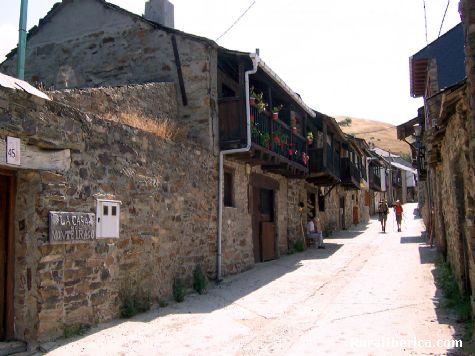 En el Camino de Santiago (Aebo) - Acebo, Le�n, Castilla y Le�n