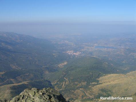 Hervás desde la cima de Pinajarro. Hervás, Cáceres - Hervás, Cáceres, Extremadura