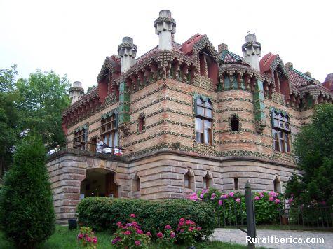 El Capricho de Gaudí. Comillas, Cantabria - Comillas, Cantabria, Cantabria