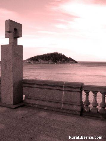 Monumentos. Donostia (San Sebastián), Guipúzcoa - San Sebastián, Guipúzcoa, País Vasco