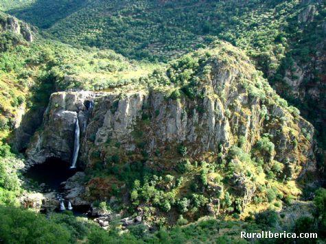 Cascada del Pozo de los Humos. Masueco-Pere�a, Salamanca - Masueco-Pere�a, Salamanca, Castilla y Le�n