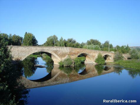 Puente de la Vizana. Alija del Infantado, León - Alija del Infantado, León, Castilla y León