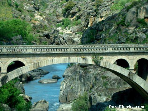 Puente Resbala. Saldeana, Salamanca - Saldeana, Salamanca, Castilla y León