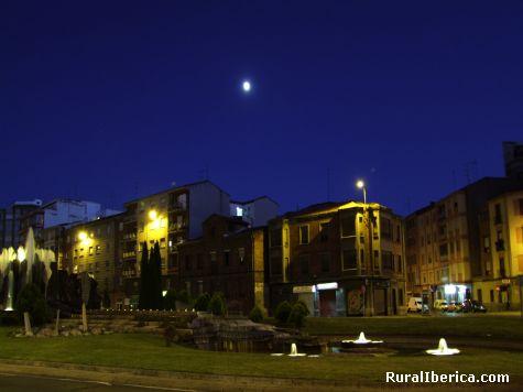 Nocturna Fuente de Santa Ana - León, León, Castilla y León