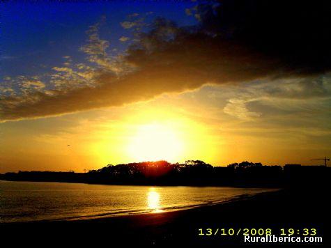 Puesta de sol en San Xenxo (Pontevedra) - San Xenxo, Pontevedra, Galicia