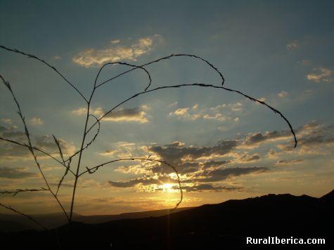 Puesta de Sol en el Mirador - A R�A, Orense, Galicia