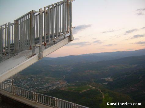 Petín desde el mirador - PETIN, Orense, Galicia