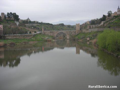 El Tajo por Toledo. Toledo, Castilla la Mancha - Toledo, Toledo, Castilla la Mancha