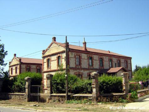 Escuelas. Arija, Burgos - Arija, Burgos, Castilla y León