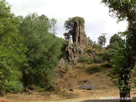 O Caneiro, cerca del puente Romano. Trives, Orense - Trives, Orense, Galicia