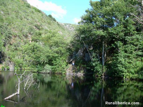 O Caneiro. Trives, Orense - Trives, Orense, Galicia