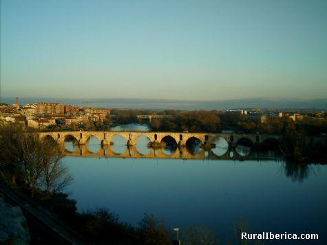 Panorámica del Duero con el puente románico. Zamora - Zamora, Zamora, Castilla y León