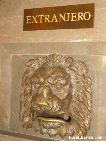 Correo. Granada, Andalucía - Granada, Granada, Andalucía
