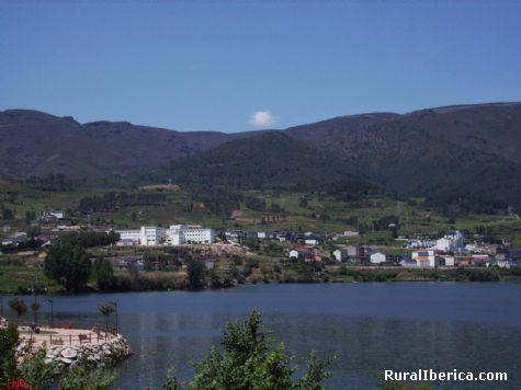Colegio Pablo VI, desde Petín - PETIN, Orense, Galicia