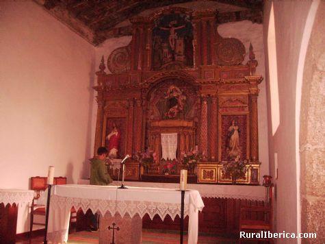 Altar mayor de la iglesia de Santa María. Petín, Orense - Petín, Orense, Galicia