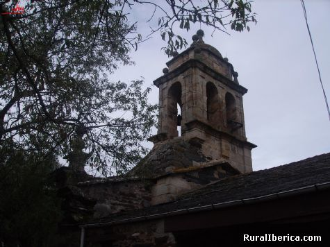 Torre de la iglesia rom�nica Santa Mar�a. Pet�n, Orense - Pet�n, Orense, Galicia
