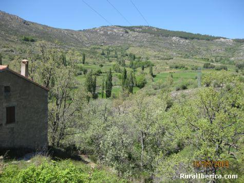 Las Hoyuelas desde la C/ Calvario - Navacepedilla de Corneja, Ávila, Castilla y León