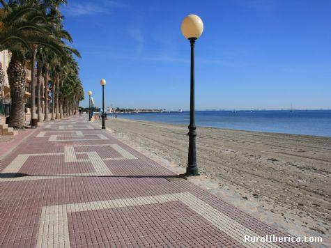 Paseo de Los Alcazares. Los Alcazares, Murcia - Los Alcazares, Murcia, Murcia