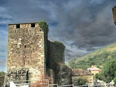 El castillo medieval. Valverde de la Vera, Cáceres - Valverde de la Vera, Cáceres, Extremadura