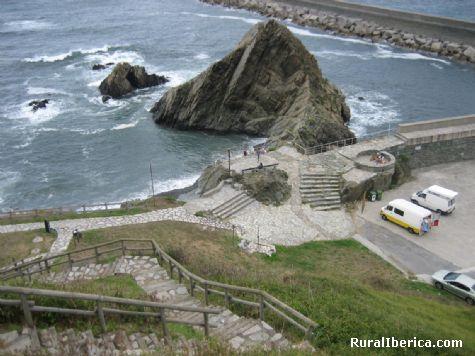 Subida al Espiritu Santo. San Esteban de Pravia, Asturias - San Esteban de Pravia, Asturias, Asturias