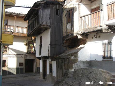 Calles y casas típicas - Riscos. Villanueva de la Vera, Cáceres - Villanueva de la Vera, Cáceres, Extremadura