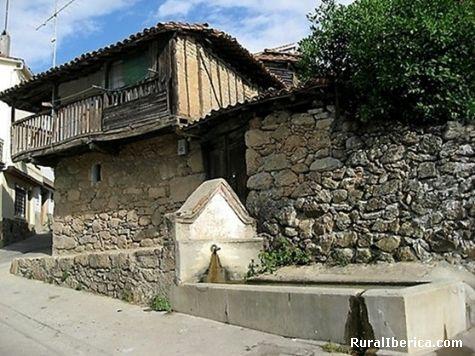 La t�pica de la fuente. Villanueva de la Vera, C�ceres - Villanueva de la Vera, C�ceres, Extremadura