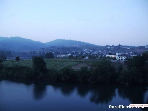 Tras do Penedo y Petín al fondo - PETIN, Orense, Galicia
