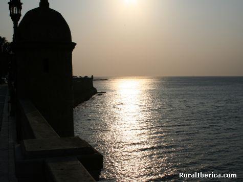 Atardecer en Cádiz. Cádiz, Andalucía - Cadiz, Cádiz, Andalucía