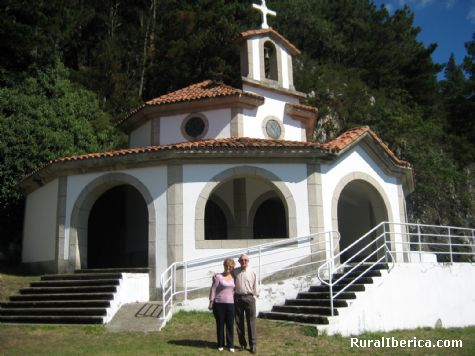Capilla Virgen del Viso. Salas, Asturias - Salas, Asturias, Asturias