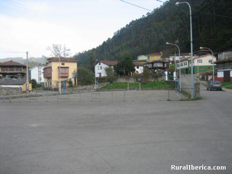 La Pista. Pe�aullan-Pravia, Asturias - Pe�aullan-Pravia, Asturias, Asturias