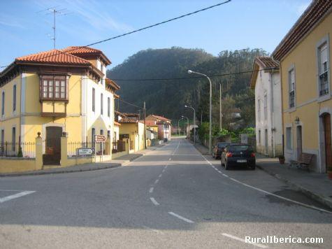 Carretera general a Grado. Peñaullan-Pravia, Asturias - Peñaullan-Pravia, Asturias, Asturias