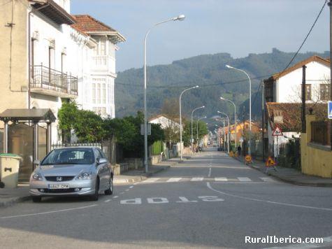Carretera general a Soto. Pe�aullan-Pravia, Asturias - Pe�aullan-Pravia, Asturias, Asturias