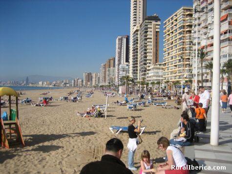 Playa del Poniente. Benidorm, Alicante - Benidorm, Alicante, Comunidad Valenciana