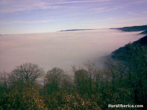 Niebla en el valle. Revelillas, Cantabria - Revelillas, Cantabria, Cantabria