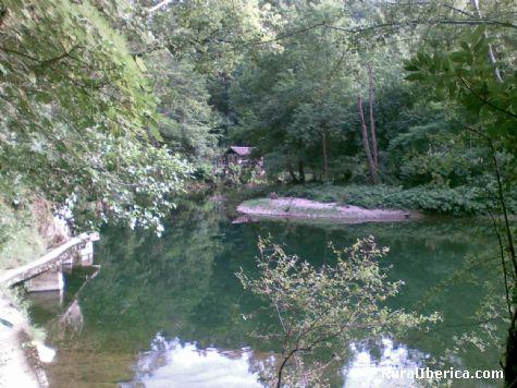 rio ason a su paso por gibaja - gibaja, Cantabria, Cantabria