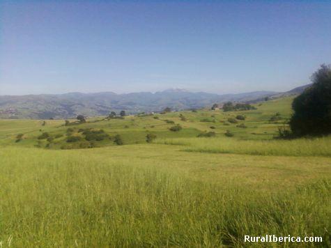 Montañas. Rasillo de Villafufre, Cantabria - Rasillo de Villafufre, Cantabria, Cantabria