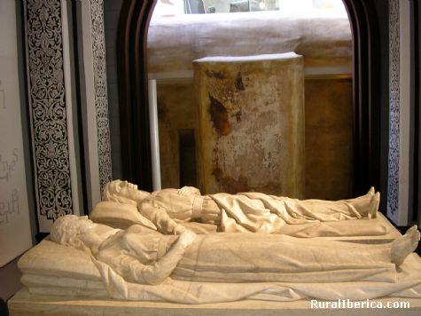 Mausoleo de los Amantes de Teruel - Burbáguena, Teruel, Aragón