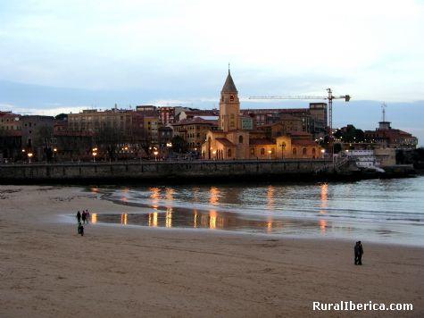 Playa de San Lorenzo. Gijón, Asturias - Gijón, Asturias, Asturias