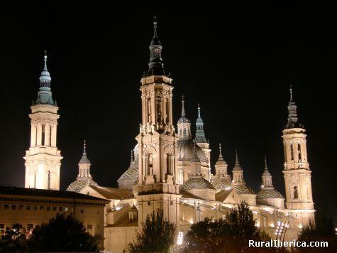 El pilar durmiendo. - zaragoza, Zaragoza, Aragón