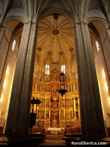 Iglesia de San Juan Bautista. Santoyo, Palencia. - Santoyo, Palencia, Castilla y Le�n